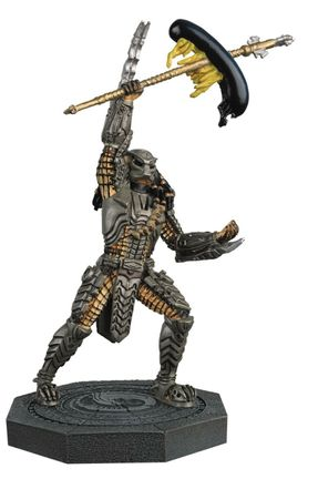 Alien and Predator Collection: Alien vs Predator - 'Scar' Predator Figurine, 20cm