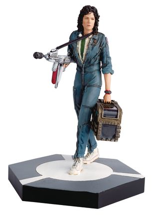 Alien and Predator Collection: Alien - Warrant Officer Ripley