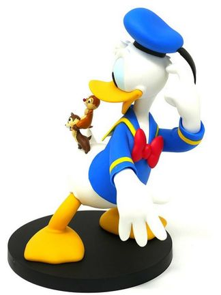 Disney - Donald Duck with Chip and Dale Figure