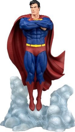Diamond Select Toys DC Gallery Superman Ascendant PVC Statue